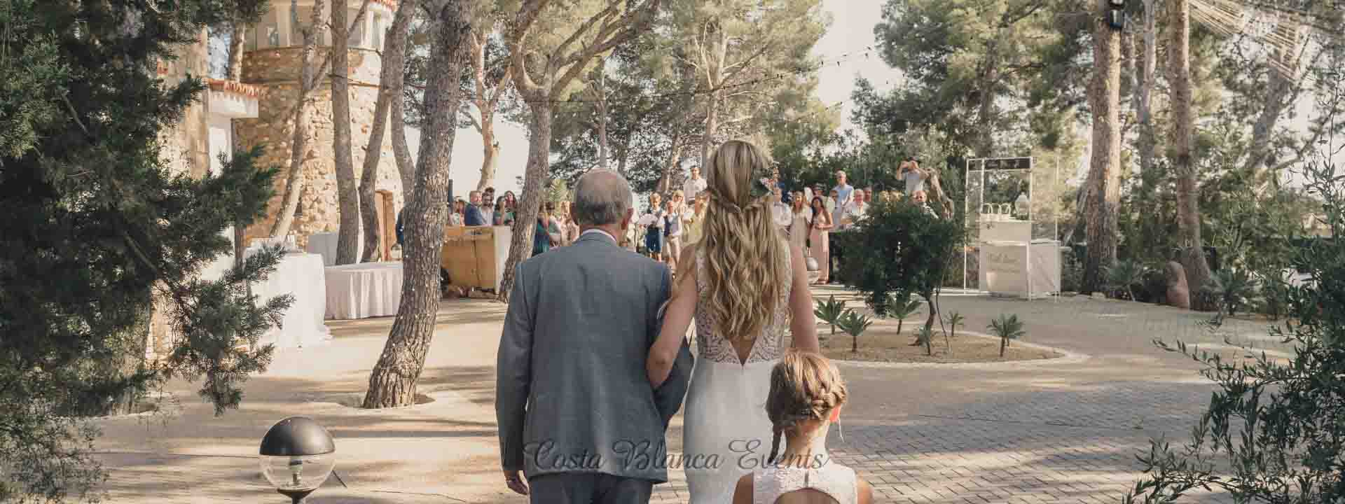 Best wedding venues in Spain - rustic spanish wedding venue estate