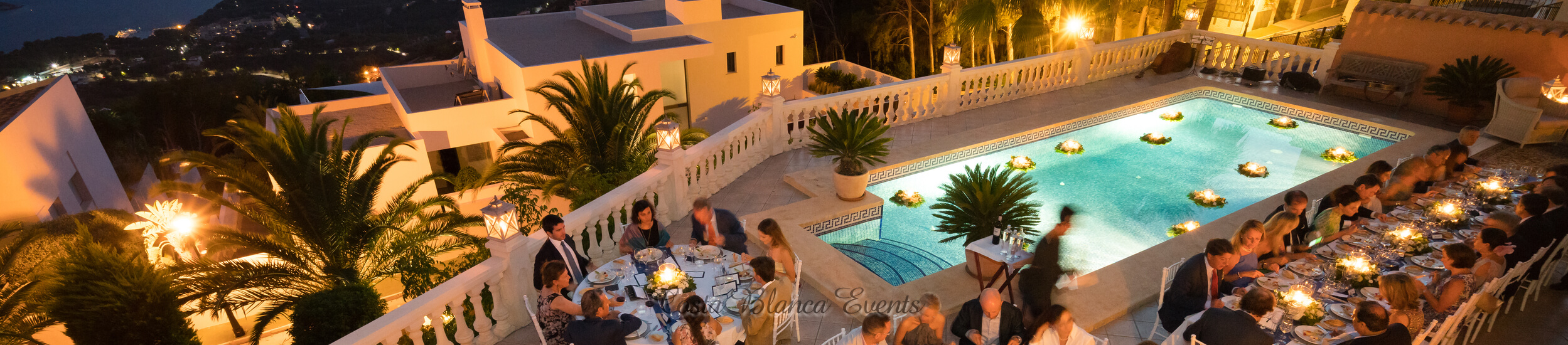 Bird view of a wedding in a private villa in Spain